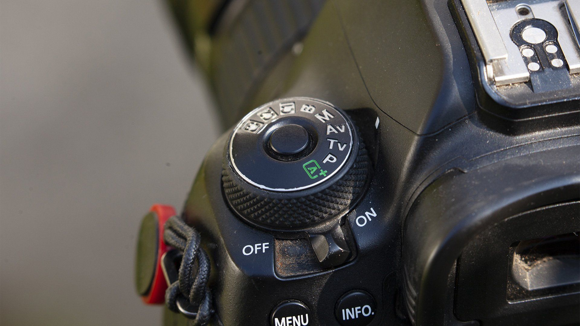 The Aperture priority mode settings on a Canon EOS 5D Mark IV.